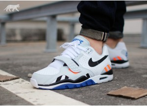 nike-air-trainer-sc-ii-low-white-black-pure-platinum-lyn-blue-705428-1005