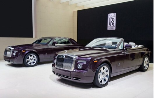 """wholesale dealer d20ca 10a24 Rolls-Royce has unveiled its luxurious new """"Zenith"""" collection, marking the  end of the Phantom Coupé and Phantom Drophead Coupé s production."""